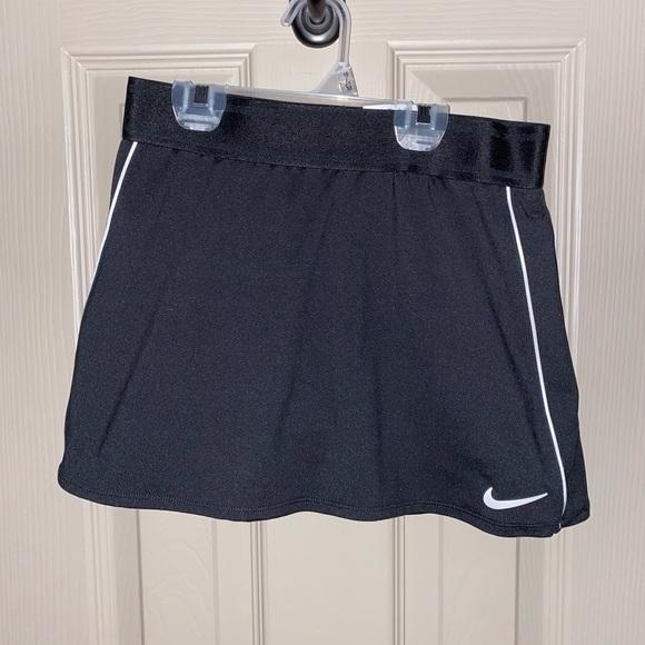 Nike Tennis Skort - XS ⚫️